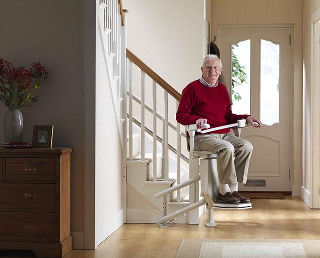 silla salvaescaleras que se pliega